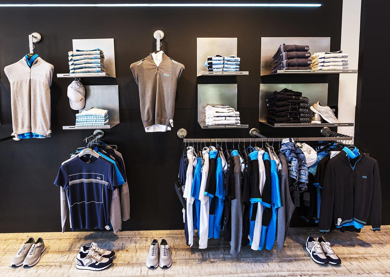 Interior tienda RENE JR en Parque Santiago III